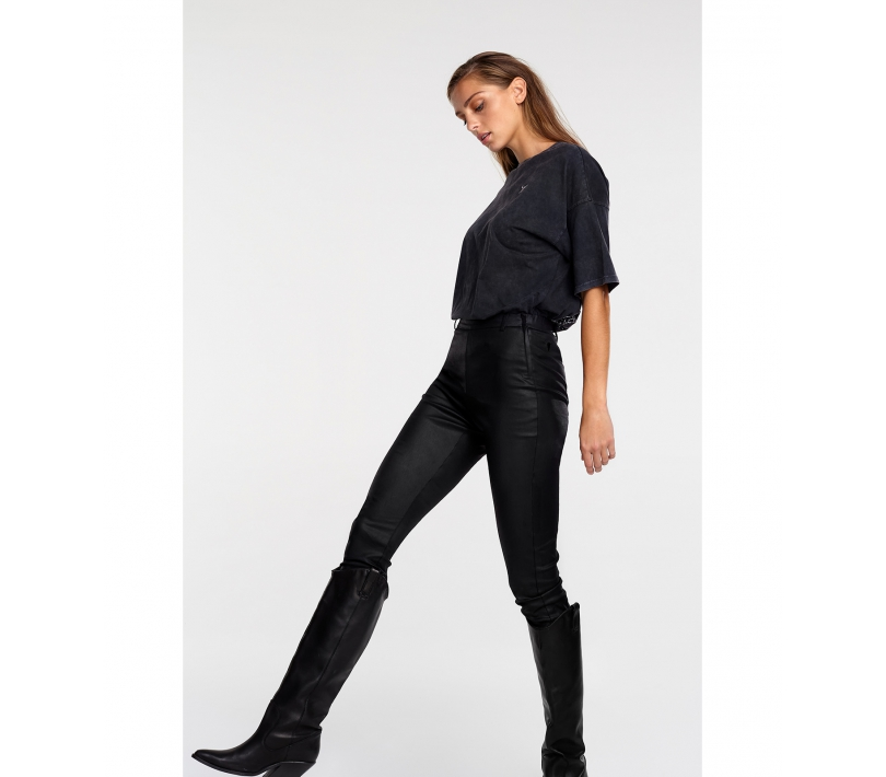 Fitted coated pants black ALIX The Label