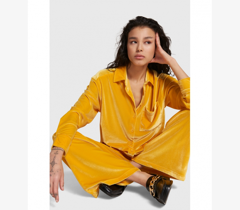 Velvet blouse honey yellow ALIX The Label