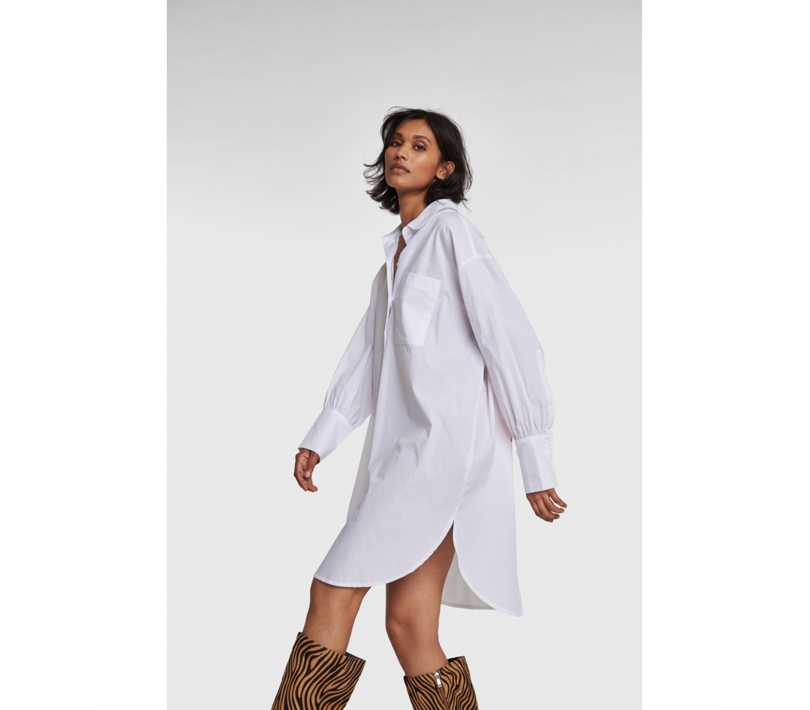 Oversized a long blouse soft white ALIX The Label